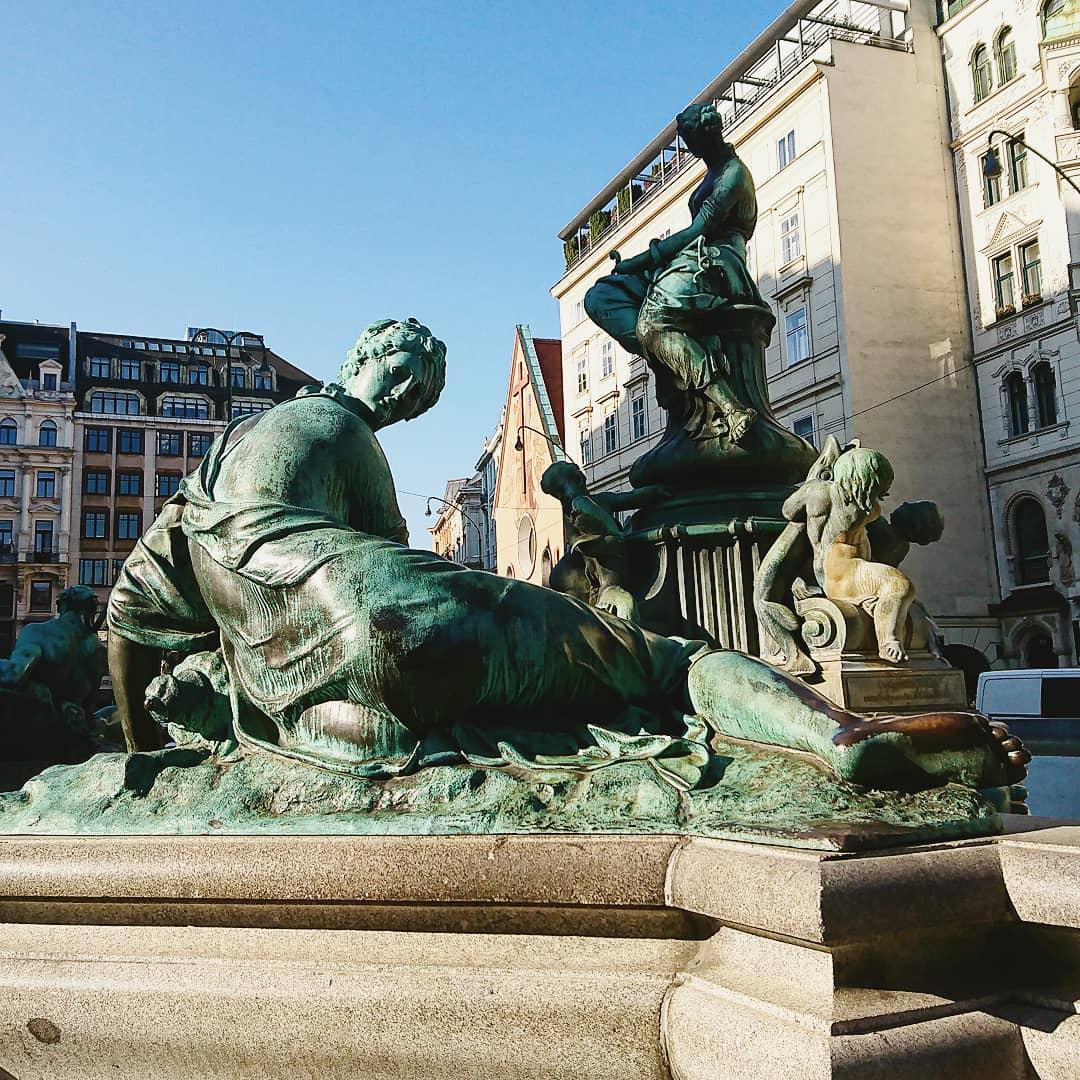Donnerbrunnen, Neuer Markt